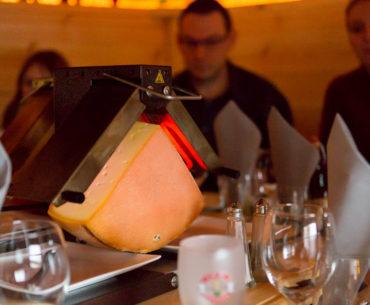 Raclette dans un chalet - Restaurant Là-Haut, Saverne