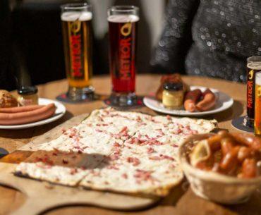 Brasserie Le Meteor Strasbourg - Tartes flambées, bières, knacks et Bretzel