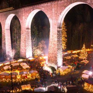 Voici le féérique Marché de Noël des gorges du Ravenna !