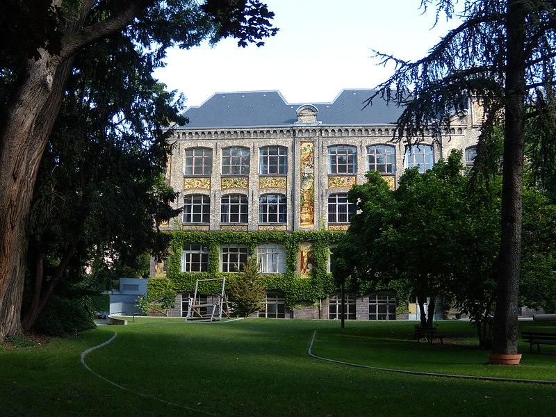 Façade de la Haute École des Arts du Rhin - Photo : Freddo