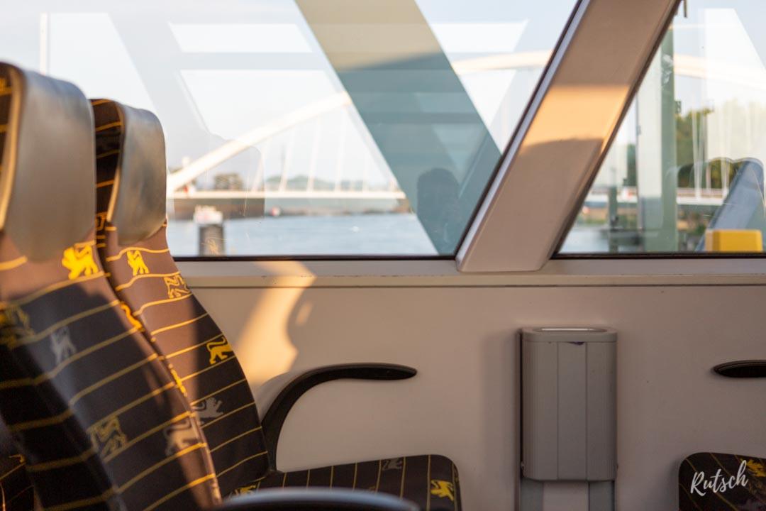 Train TGO au dessus du Rhin